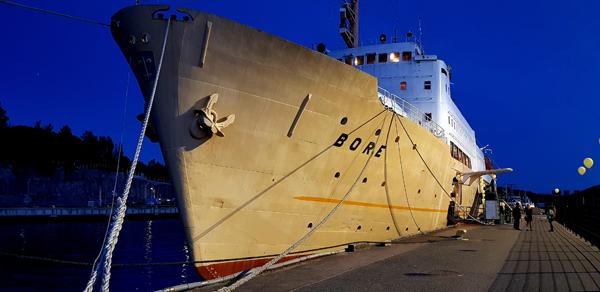 Hostellijärjestön järjestöreissaaja Kaisa Laivahostel S/S Boressa