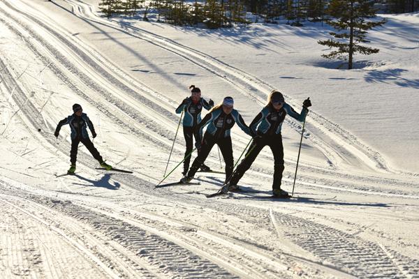 Vaara Sport Taivalkoskella toimii kilpahiihtäjien ja harrastajien harjoittelukeskuksena.