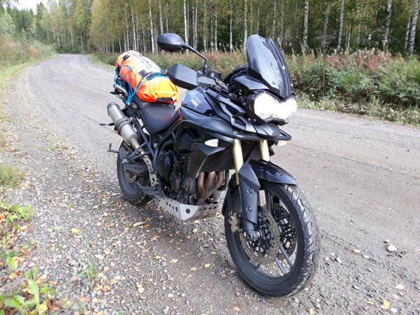 Moottoripyöräreissu hostelleihin