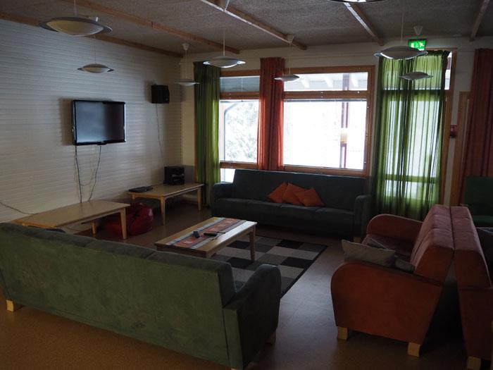 Hostellijärjestön Hostellireissaaja Heidi Jyrkkä Nuoriso- ja luontomatkailukeskus Oivangissa Kuusamossa.