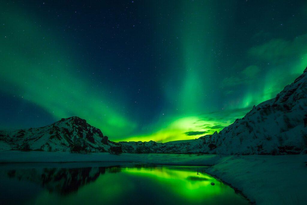 Islanti Kuva: David Mark / Pixabay