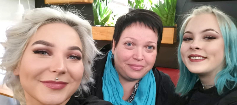 Hostellijärjestön Hostellireissaaja Kirsi Järvinen Time Hostelissa Jyväskylässä