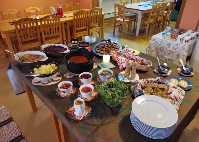 Majatalo Pihlajapuu, ruoka